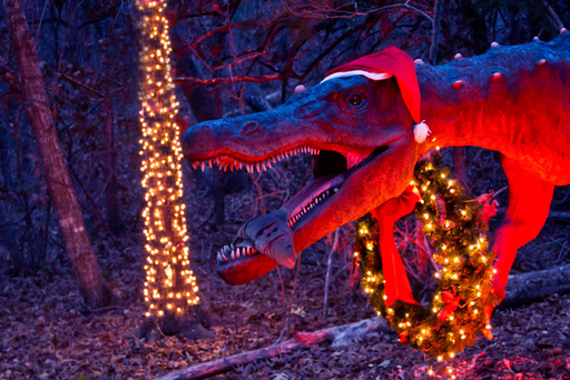 See ten life-size dinos along the trail